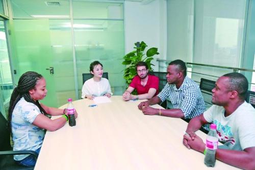 【无极4】英国教育行业几十年来最大幅度的薪酬改革!中国外教招聘难上加难?